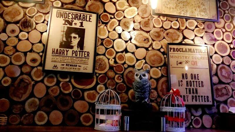 Listen Up Potterheads! Check Out This New Harry Potter Themed Cafe!