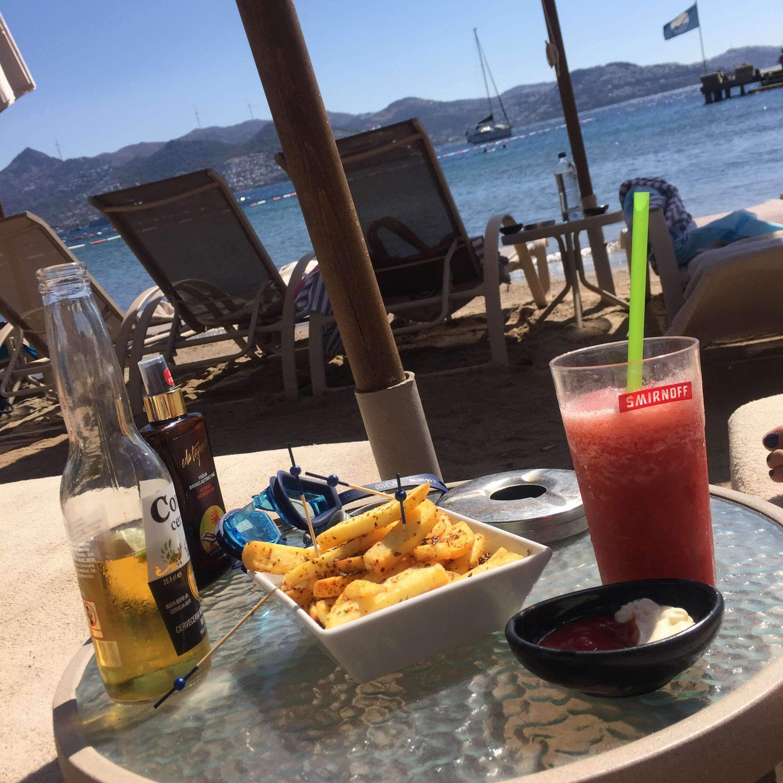 Xuma Beach Club