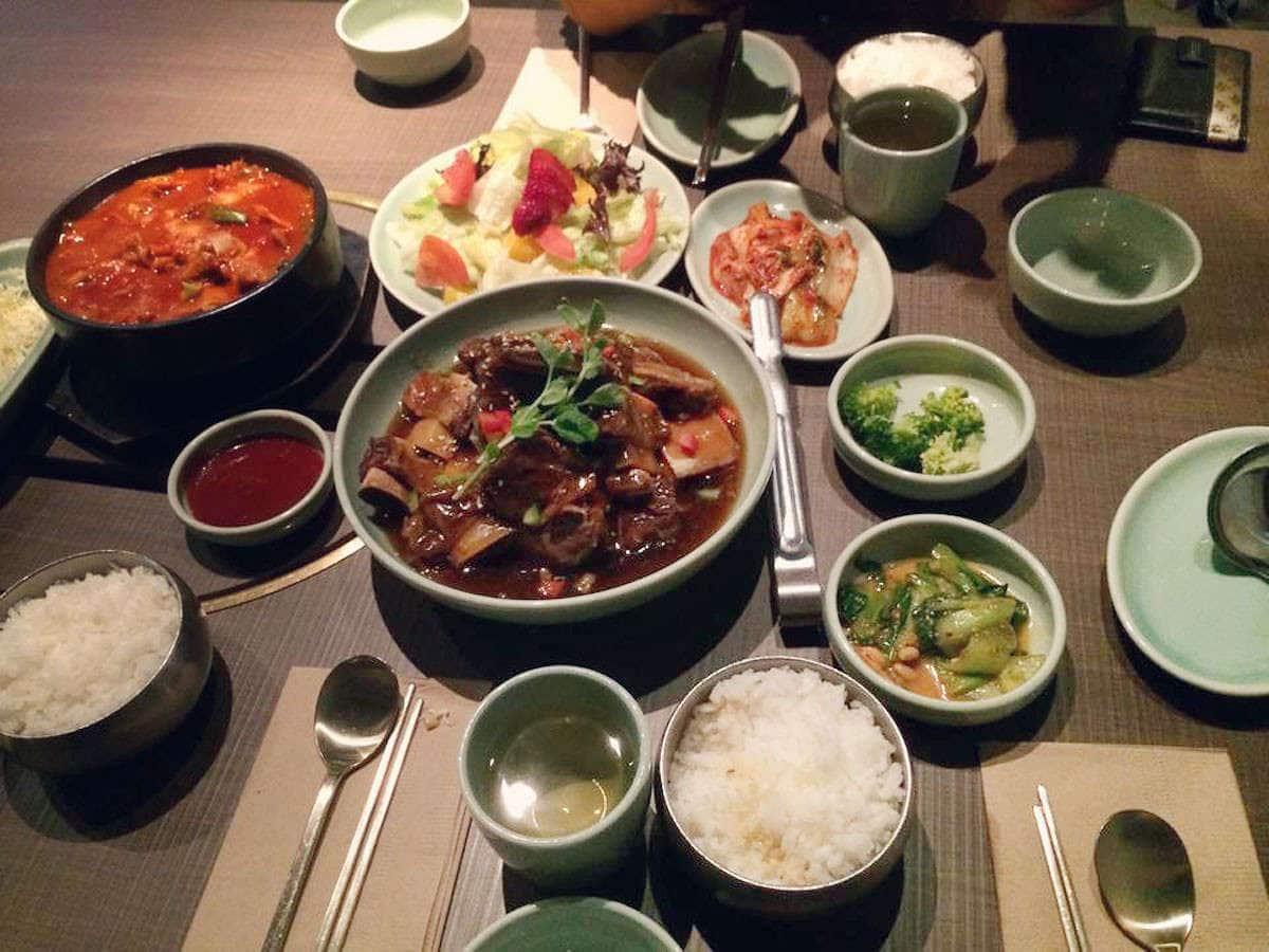 hanna lee 39 s photo for sura korean bbq restaurant. Black Bedroom Furniture Sets. Home Design Ideas