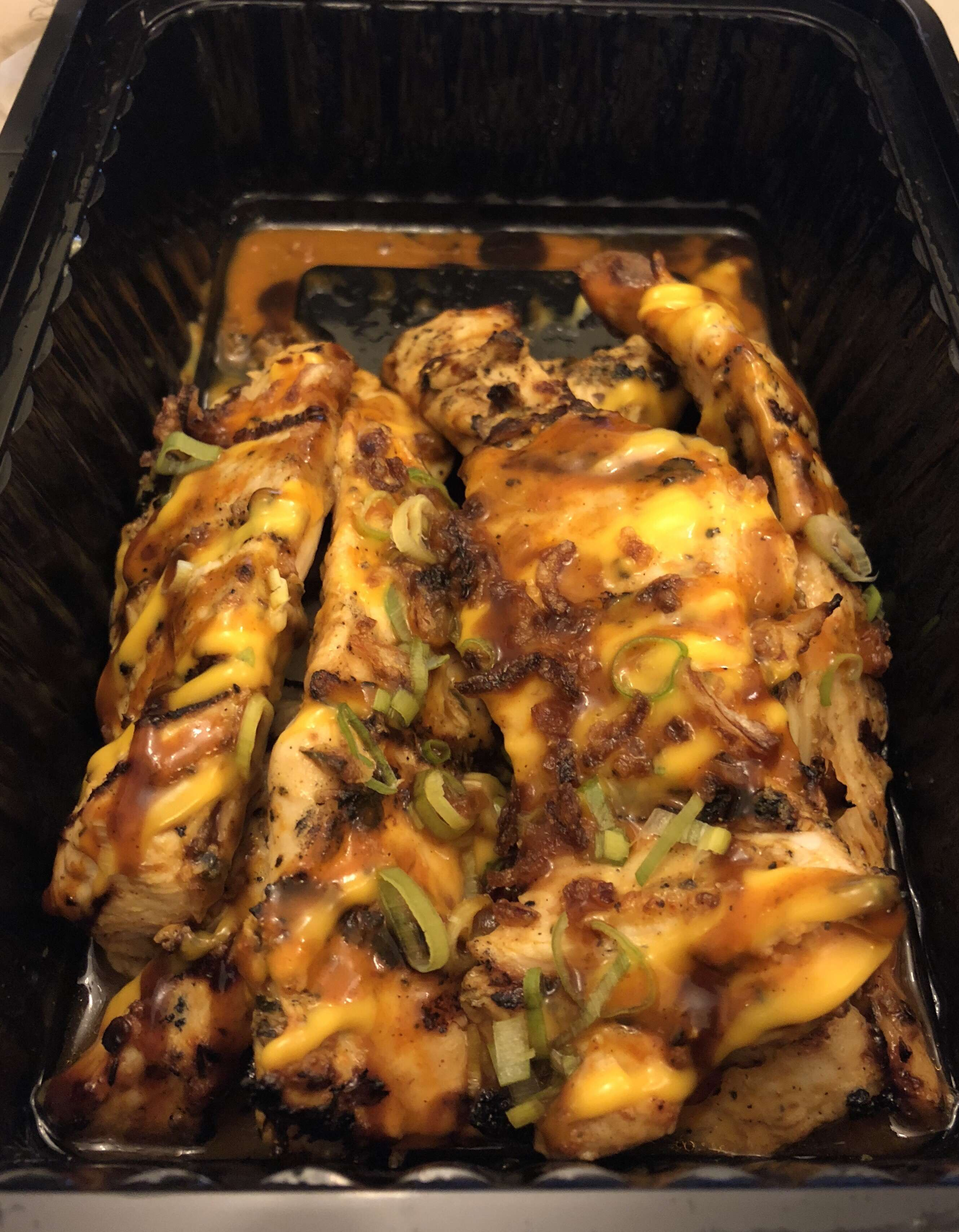 Coal-Char Grilled chicken with amazing tangy seasoning comes with a sauce of your choice