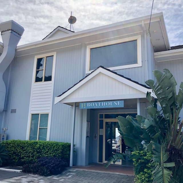 Boathouse Waterfront Restaurant