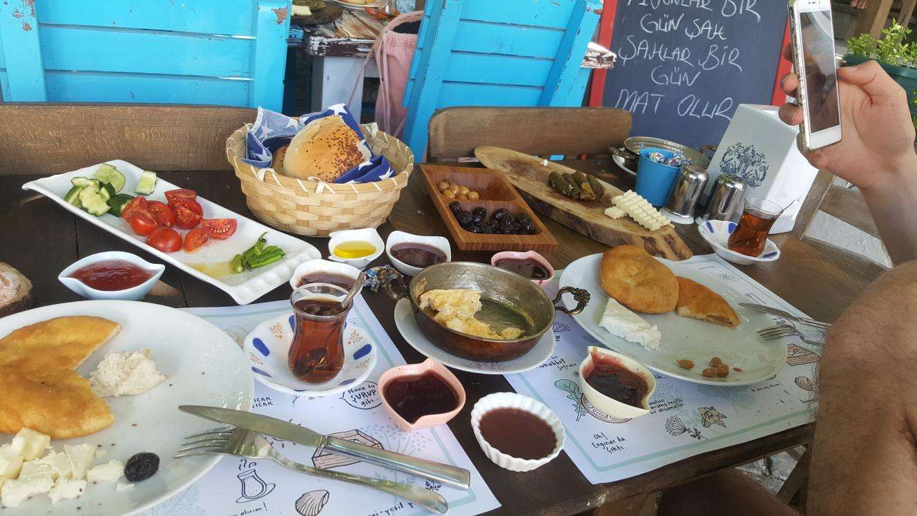 Cafe Biyer