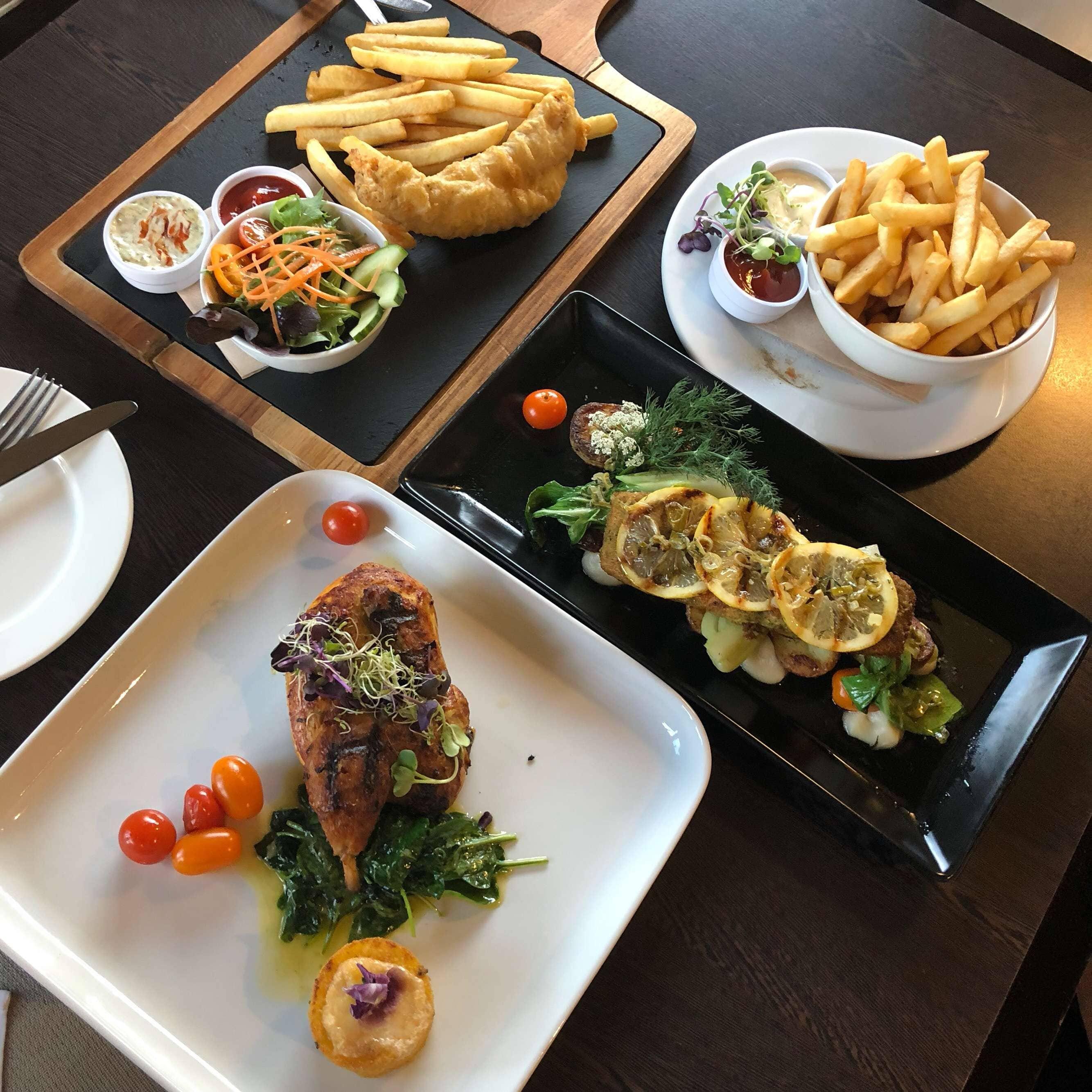 Mackenzies Restaurant - Heritage Hotel